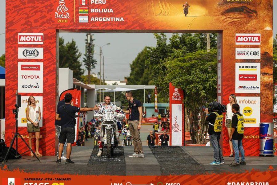 départ de stéphane Bouvier en moto sur le DAKAR 2018